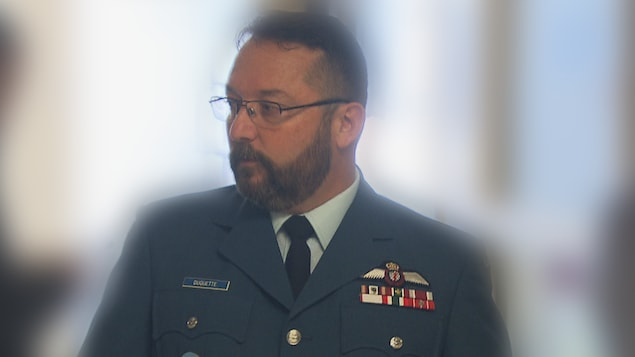 Le major Éric Duquette en cour martiale