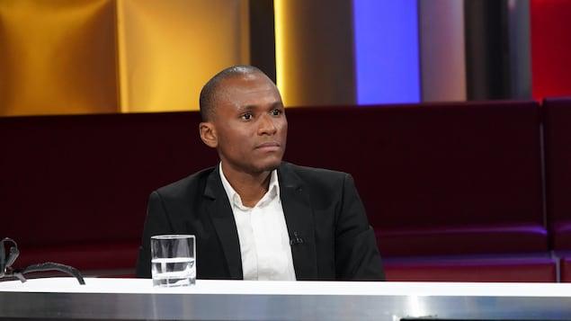 Mamadi Camara en entrevue à l'émission tout le monde en parle.