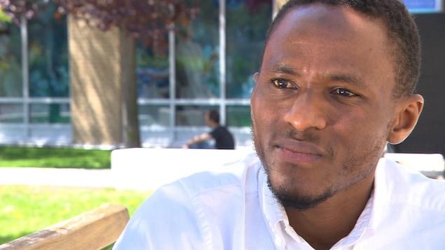 Mamadi Fara Camara s'est confié à Radio-Canada sur son processus de guérison afin de reprendre une vie normal après avoir été arrêté et accusé faussement d'une tentative de meurtre.