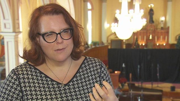 Marie-Nicole Lemieux s'exprime dans une église convertie en studio d'enregistrement.