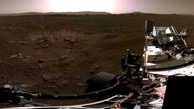 Image panoramique prise le 20 février 2021 par les caméras de navigation de l'astromobile Perseverance.