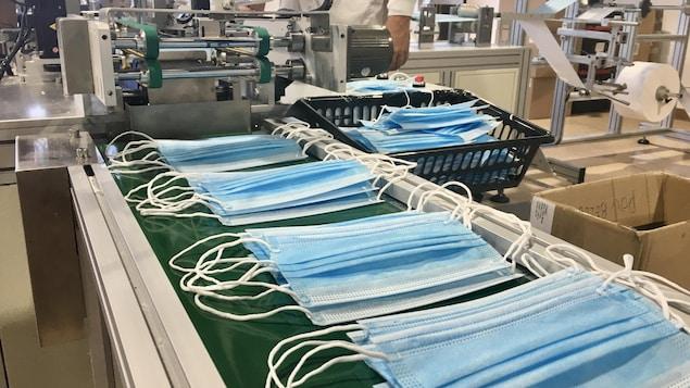Entreprise Prémont procède actuellement à l'agrandissement de son usine de masques chirurgicaux, à peine trois mois après avoir commencé à en produire.