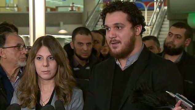 Megda et Amir Belkacemi, les enfants de Khaled Belkacemi, l'une des six victimes de l'attentat à la mosquée de Québec.
