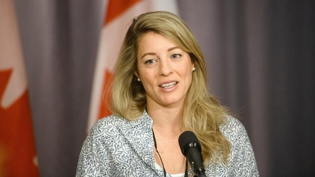 La ministre fédérale responsable des Langues officielles, Mélanie Joly