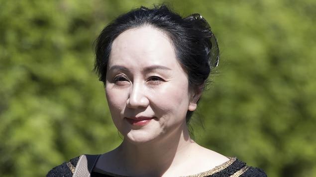 Meng Wanzhou, photographiée en plan rapproché.
