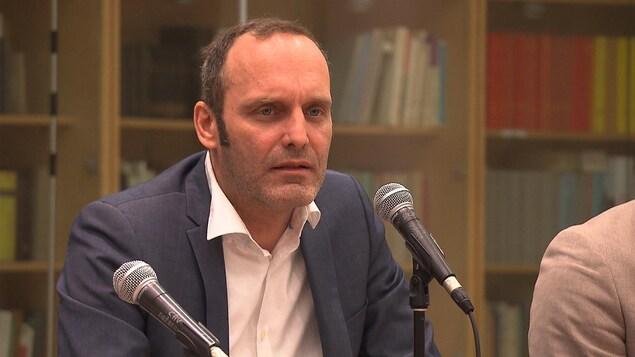 Michel Boudrias dans un panel.