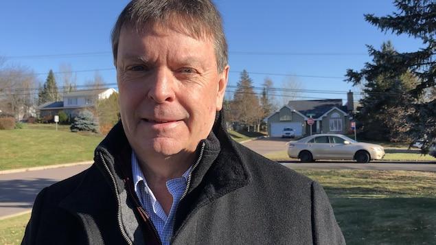 Michel Doucet à l'extérieur le 17 novembre 2019.