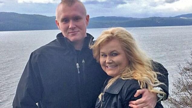 Michelle Jansen et son fils Brandon, décédé à la suite d'une surdose au fentanyl