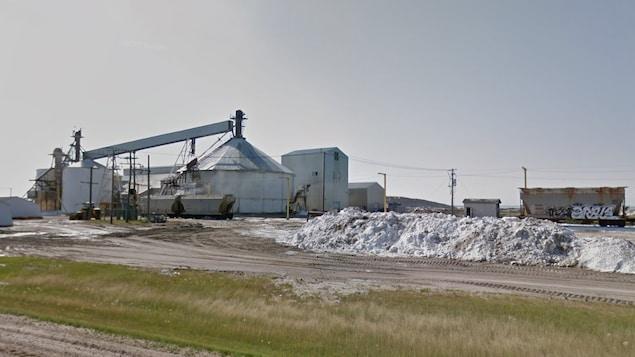 La mine de sulfate de sodium de la Saskatchewan Mining and Minerals Inc., à Chaplin en Saskatchewan.