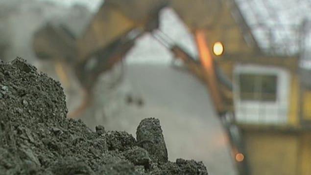Les nouvelles règles qui s'appliqueront aux mines de charbon au Canada devraient être connues en 2019.