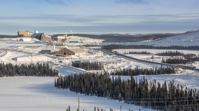 La mine du lac Bloom, en hiver.
