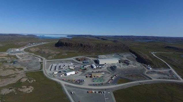 Une vue aérienne de la mine d'or Doris North, au Nunavut.