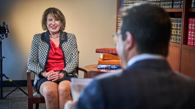 Mona Nemer en entrevue aux Coulisses du pouvoir.
