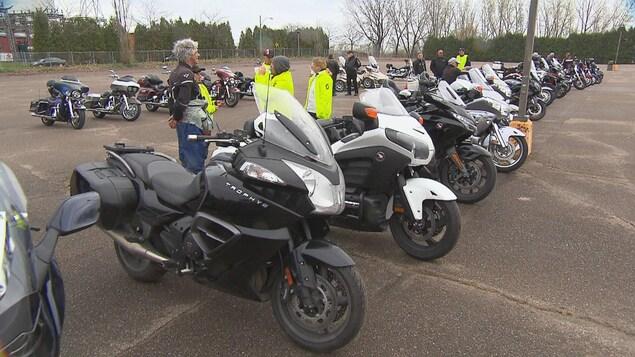 Des motocyclistes de partout au Québec se sont donné rendez-vous, dimanche, au Sanctuaire Notre-Dame-du-Cap pour la Journée des droits et libertés des motocyclistes.
