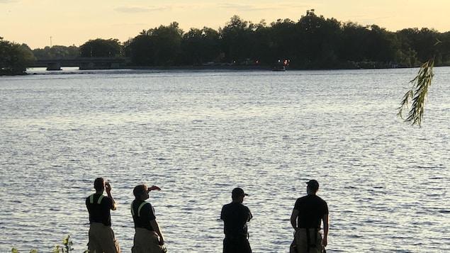 L'île Bate vue de la rive près de Parkdale à Ottawa.