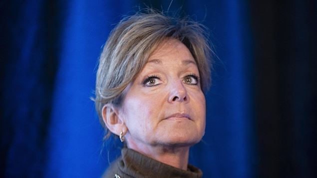 Nancy Bédard en conférence de presse.