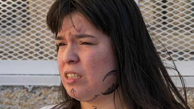 Le personnage de Natasha Kanapé Fontaine, Eyota Standing Bear, dans Unité 9