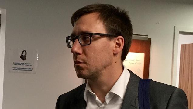 Le coordonnateur du Programme d'accompagnement en justice d'itinérance à la cour municipale de Montréal, Nicolas Mercier-Lamarche.