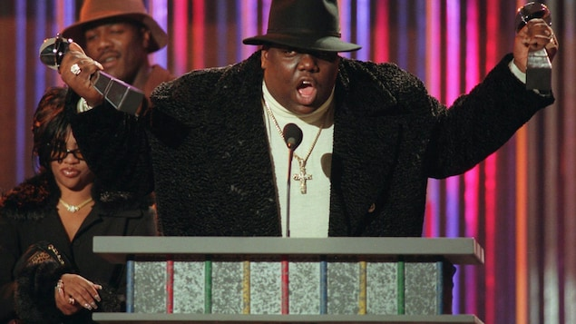 Le rappeur Notorious B.I.G. lors des Billboard Music Awards en décembre 1995