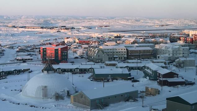 La ville d'Iqaluit, au Nunavut.