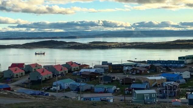 Iqaluit est la capitale territoriale du Nunavut.