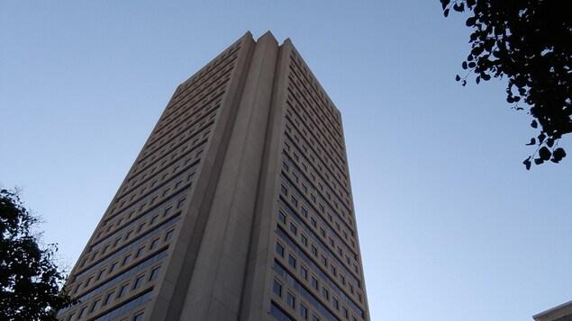 L'Observatoire de la Capitale est situé au 31e étage de l'édifice Marie-Guyart