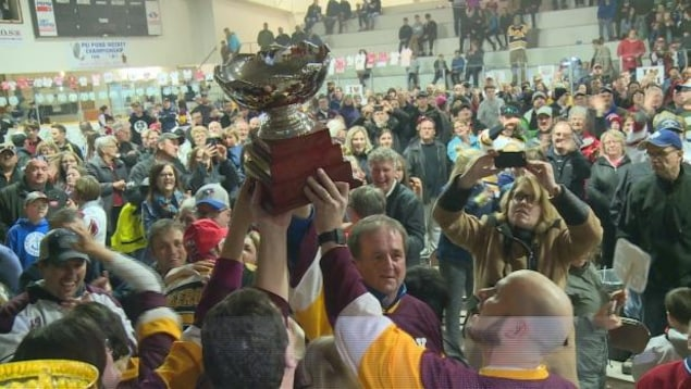 La petite communauté de O'Leary à l'Île-du-Prince-Édouard a remporté le concours national Kraft Hockeyville.