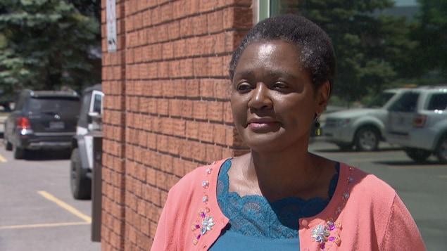 Olive Kamanyana en entrevue avec Radio-Canada l'extérieur.