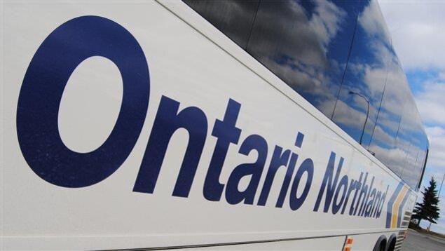 Un autobus de la compagnie de transport Ontario Northland