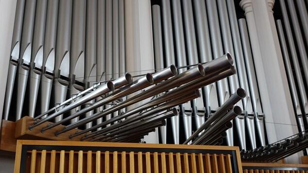 Des tuyaux de l'orgue Casavant