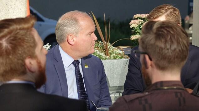 Le député conservateur Erin O'Toole participe à un événement à Winnipeg.