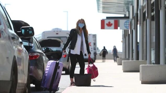 traveller at Ottawa airport