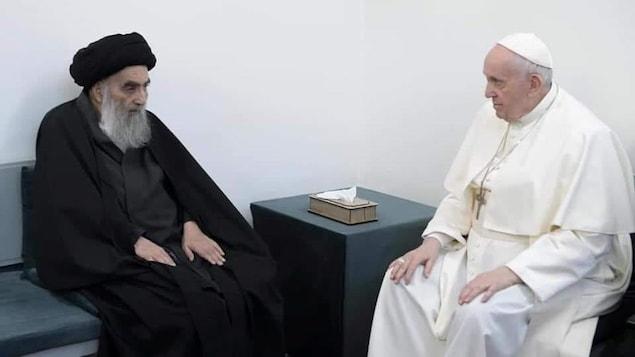 Un ayatollah et le pape.