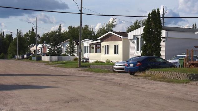 Des maisons mobiles du parc Murray de Pointe-Lebel