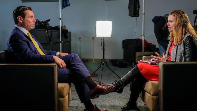 Patrick Brown en entrevue avec Claudine Brulé.