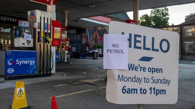 Une station essence Esso à Lewisham n'a plus de carburant à Londres.