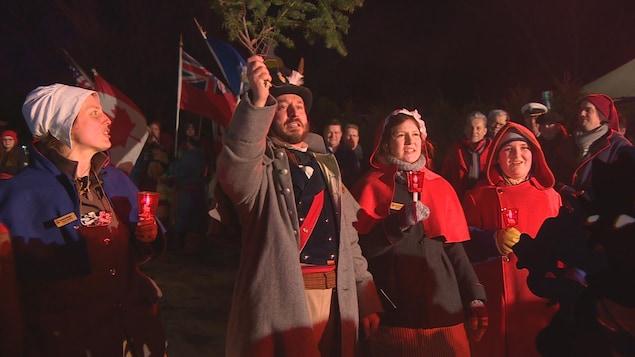 La famille Perron-Beaudry a officiellement lancé le 48e Festival du Voyageur.