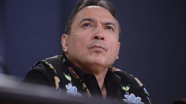 Perry Bellegarde, chef de l'Assemblée des Premières Nations, lors d'une conférence de presse.