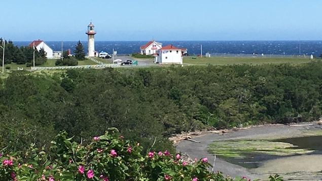 Le phare Cap-Madeleine, à Sainte-Madeleine-de-la-Rivière-Madeleine