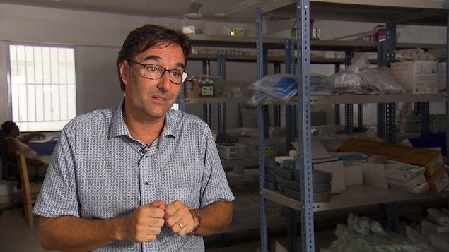 Jean-François Bussières, chef pharmacien au Centre hospitalier universitaire Sainte-Justine