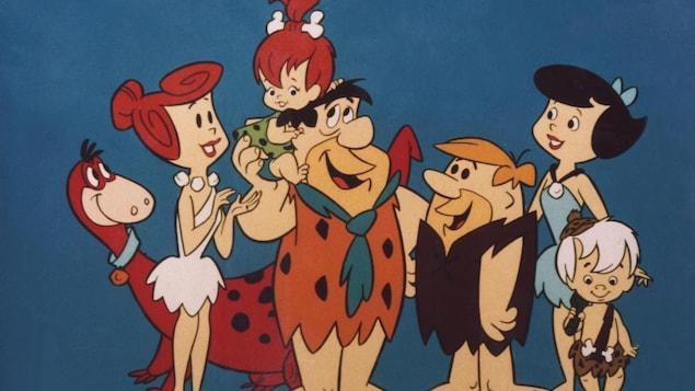 Les personnages principaux des Pierrafeu souriant.