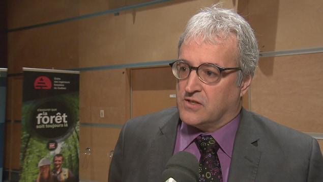 Le ministre des Forêts, de la Faune et des Parcs, Pierre Dufour