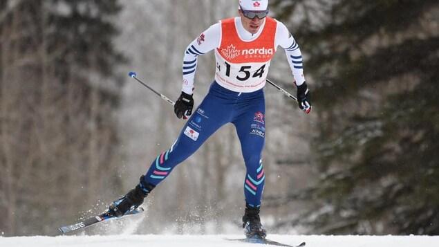 Pierre Grall-Johnson pendant une compétition de ski de fond.
