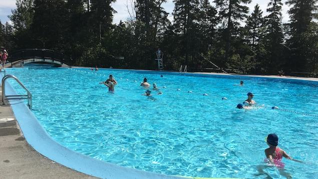 La piscine du parc Rosaire-Gauthier à Chicoutimi.