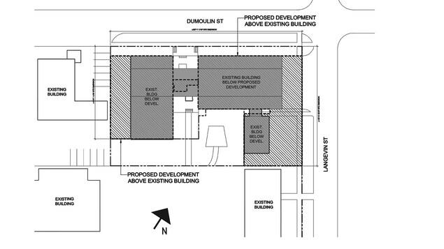Plan d'architecture où des rectangles indiquent qu'il s'agit du développement proposé pour la partie supérieure du bâtiment, tandis que d'autres représentent des espaces destinés au rez-de-chaussée.