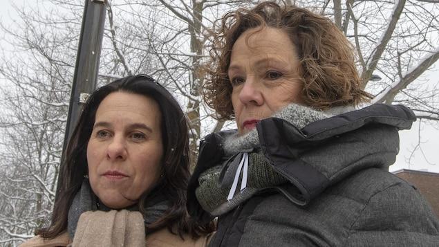 Plan moyen de Valérie Plante et de Sue Montgomery, côte à côte.