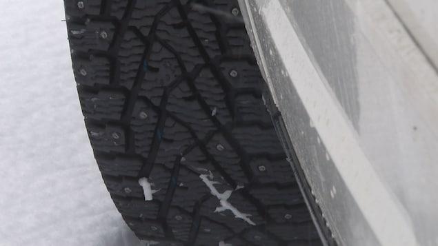 Des pneus d'hiver à crampon