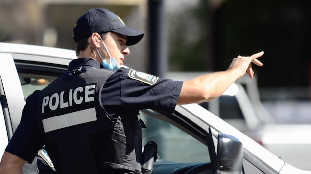 Un policier du SPVM.
