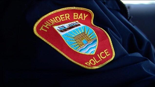 Un écusson de la Police de Thunder Bay