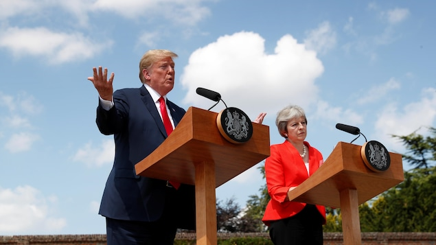 Donald Trump et Theresa May en conférence de presse.